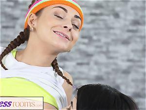 sport apartments Pert diminutive teen gym women