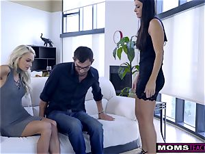 mummy humps son-in-law And tongues internal ejaculation For Thanksgiving handle