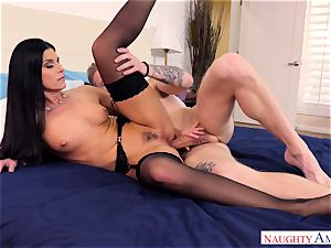 India Summers nailed in her pooper