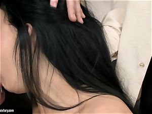 Aletta Ocean 3 way as she inhales off a duo of knobs