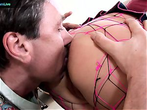 Phoenix Marie takes 2 rods on both her fuckholes
