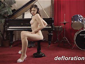 virgin audition of Danu Nebudu and a teasing have fun