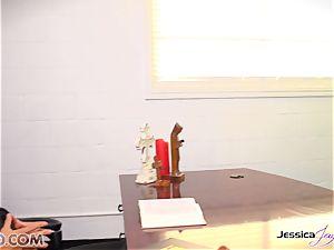 lezzies Jessica Jaymes and Nikki Benz forbidden love