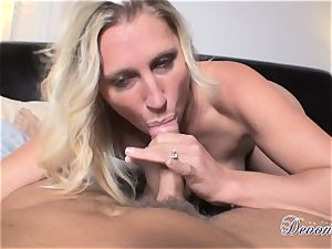Devon Lee is luving her man's cane plunged in her succulent gullet