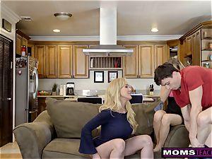 MomsTeachSex aunt-in-law Brandi love Helps teenagers plumb