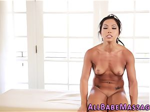 chinese babe gets ate