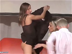 3some drill sex in public