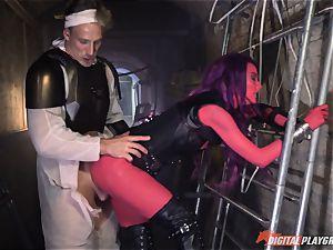 Human inserts his manmeat into alien Alessa Savage