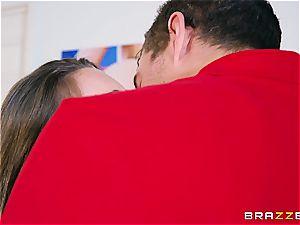 intensity Rangers porno parody with Kimmy Granger