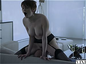 Short-haired Bree Daniels pounded by daddy
