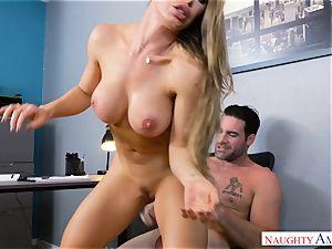 Nicole Aniston pulverizing at work