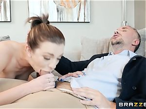Tiffany Watson moans firm as Keiran ears her cunny