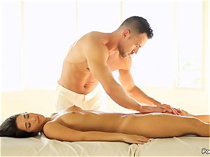 Eva Lovia likes an after rubdown penetrating