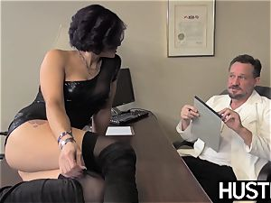 inviting cougar Ryder Skye inhales before sultry shag