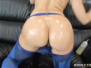 raunchy anal with greased up damsel Anikka Albrite