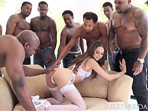 Jules Jordan - Riley Reid interracial group sex