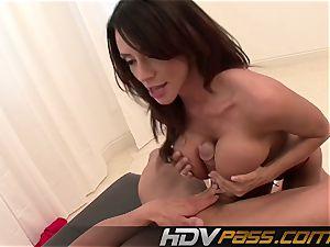 HDVPass huge-chested honey Ariella Ferrera Gets Down