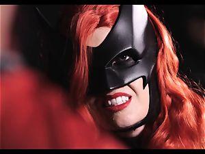 Justice League hardcore part 5 - Hero orgy with Romi Rain