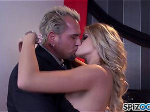 Jessa Rhodes sugary-sweet cock-squeezing pussy is banged by a thick fuck-stick