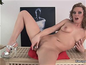 Nikita Schot plows Her puss With Her fake penis