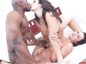 Jayden Jaymes shares a large black cock with Lisa Ann