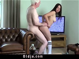 dark-haired sucks man-meat and gets humped