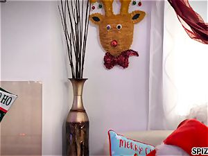 Spizoo - watch Jessica Jaymes screwing Santa Claus